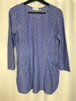 HABITAT CLOTHES TO LIVE IN Textured Long Top Wavy White Blue with pockets XS