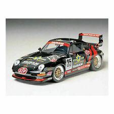 Taisan Porsche 911 GT2 1:24 Model Kit