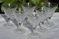 Bayel? Service de 6 verres à vin blanc en cristal taillé.
