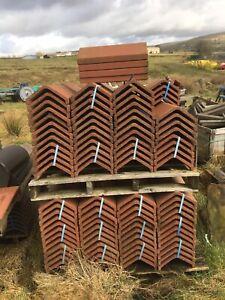 Sandtoft Ridge Tile legged Angled Ridge Tiles Red Concrete BB4 9 NF x 182 Off