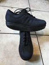 Mbt mens shoes 8.5 black/women 10.5
