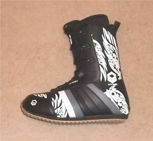 NEW  FTWO CONCEPT  SNOWBOARD  BOOTS  27.5 UK 8