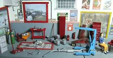Impressive lot of accessories for diorama 1/24 garage, car, diorama