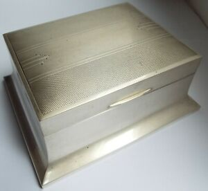 STUNNING LARGE CLEAN ENGLISH ANTIQUE ART DECO 1938 STERLING SILVER CIGARETTE BOX