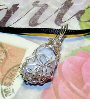 EXQUISITE HAND-CRAFTED SILVER WIRE-WRAPPED BLUE LACE AGATE CRYSTAL PENDANT