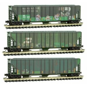 Micro-Trains MTL N-Scale Burlington Northern/BN Covered Hoppers Weathered 3-Pk