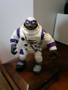 1994 TMNT Teenage Mutant Ninja Turtles Apollo 11 Touchdown Donatello Don space
