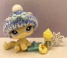Authentic Littlest Pet Shop # 1005 Yellow Cream Sitting Cat Blue Eyes
