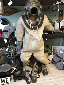 MARK V  DEEP SEA  DIVING HELMET REPLICA & DIVING SUIT BOOTS BELT BOX ORIGINAL