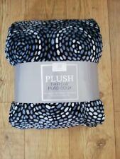 Plush Throwover Plaid Doux 152cm X 177cm