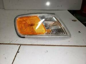 1994 1995 1996 1997 Honda Accord park/side mrkr lp assembly RH side OEM
