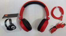 Auricolari e cuffie JBL con un microfono e bluetooth wireless