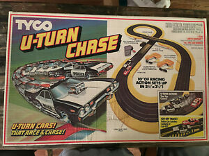 Tyco Race Track U-turn Chase - Complete - Tested and Works