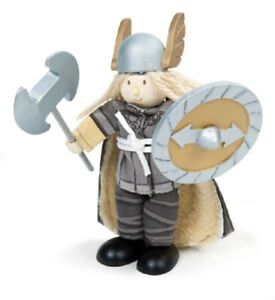 Le Toy Van - Budkins BK944 - Wikinger Biegepuppe Magnus the VIKING WARRIOR