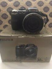 Fujifilm FinePix S Series S4000 14.0MP Digital Camera-Needs Repair or For Parts
