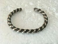 "Vtg Petite solid sterling silver Twist Cuff 2-3/8 "" Bracelet 925 Chunky 32g"