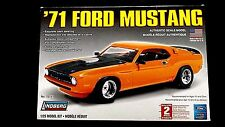 Model Kit 1971 Ford Mustang Street Machine Lindberg 1:25