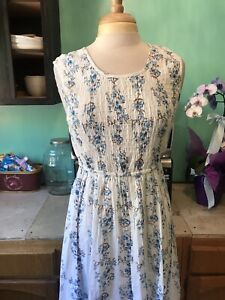 Expressions White Elastic Ruched Sleeveless  Hawaiian Dress Sz Med