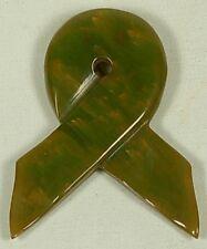 VINTAGE GREEN BAKELITE RIBBON SHAPE DRESS CLIP