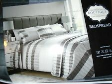 Double Boutique Luxurious Bedspread in grey