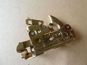 Genuine Peugeot 505 Door Locking Mechanism Catch Part No. 913575 - Last One !!