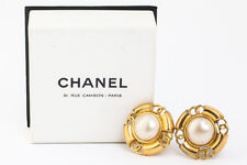Clip-On Earring France W/Box #4084 Authentic Chanel Faux Pearl Gold-tone