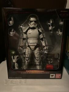 S. H. Figuarts Star Wars First Order Storm Trooper THE LAST JEDI Special Set