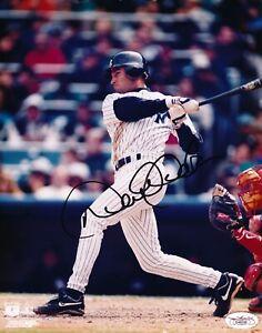 Derek Jeter (HOF) - Signed and Authenticated (JSA) 8x10 Photo -New York Yankees