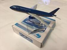 BOEING B777-200 ER VIETNAM AIRLINES MAQUETTE AVION 15CM