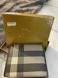 Men's Burberry Wallet New, With Box And Dustbag