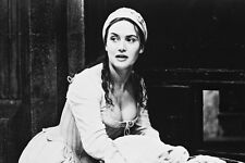 Kate Winslet As Madeleine 'Maddy' Leclerc In Quills 11x17 Mini Poster
