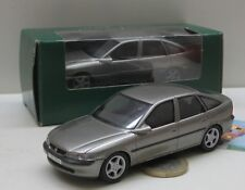 Schuco Sondermodell:  Opel Vectra  ,4 türig. grau met