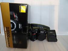 Camara reflex Nikon D3500 24.2Mpx cuerpo body menos 3000 disparos