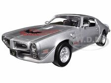 1973 PONTIAC FIREBIRD TRANS AM SILVER 1/24 DIECAST CAR MODEL MOTORMAX 73243
