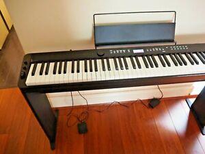 Casio Privia PX-S3000BK Ultra-Slim Stage Piano in Black