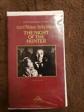 The Night Of The Hunter Vhs starring Robert Mitchum & Shelley Winters Free S/H