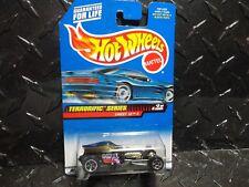 Hot Wheels #979 Purple Sweet 16 II w/5 Spoke Wheels Metal Base