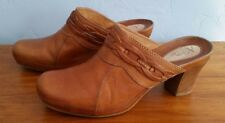 Clarks Artisan Collection Womens Clogs Camel Brown Leather Size 9 Heels Braided