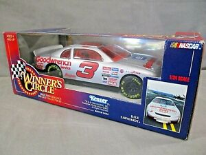 1998 Dale Earnhardt #3 Goodwrench Service 1:24 Winners Circle NASCAR Diecast