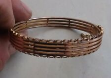 FINE ANTIQUE 9CT ROSE GOLD BANGLE IN LOVELY CONDITION. 13.2 g. CIRCA 1900.