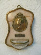 """Ancien bénitier en laiton sur marbre """" Souvenir N.D. de Lourdes """""""