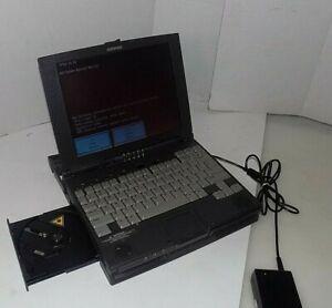 """COMPAQ ARMADA 4125D INTEL PENTIUM 120MHZ 11.3"""" CSTN , 1GB HDD W/ DOCKING STATION"""