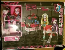 Monster High Die-Ner Playset w/ Draculaura & Operetta Dolls New in Box!!!