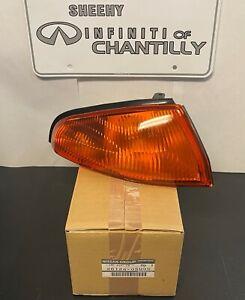 NEW OEM JDM Nissan Skyline R32 GTR Right Turn Signal Light Assembly 26124-05U00