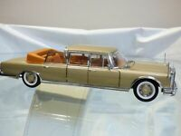 Sun Star 1:18 MERCEDES BENZ 600 Landaulet Golden Toy Car Convertible Stretch