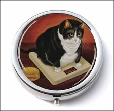 CAT ANGRY WITH OVERWEIGHT PILL BOX ROUND METAL -yv4e