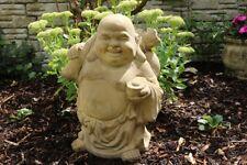 Buddha reisend groß frostfester Steinguss patiniert