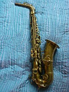Buescher 'True Tone' Alto Saxophone. Mk IV.Original laquer