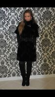 MINK fur coat !  Comes with leather belt and long leather gloves (Italian fur)