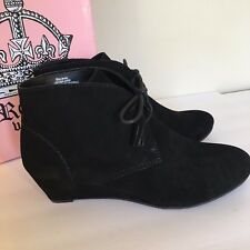 Crown Vintage Womens Black Suede Leather Ankle Boot Size 9 1/2 Spark 4922753 New